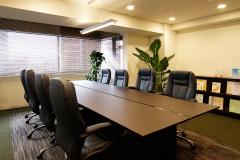 お客さまをお迎えする大会議室